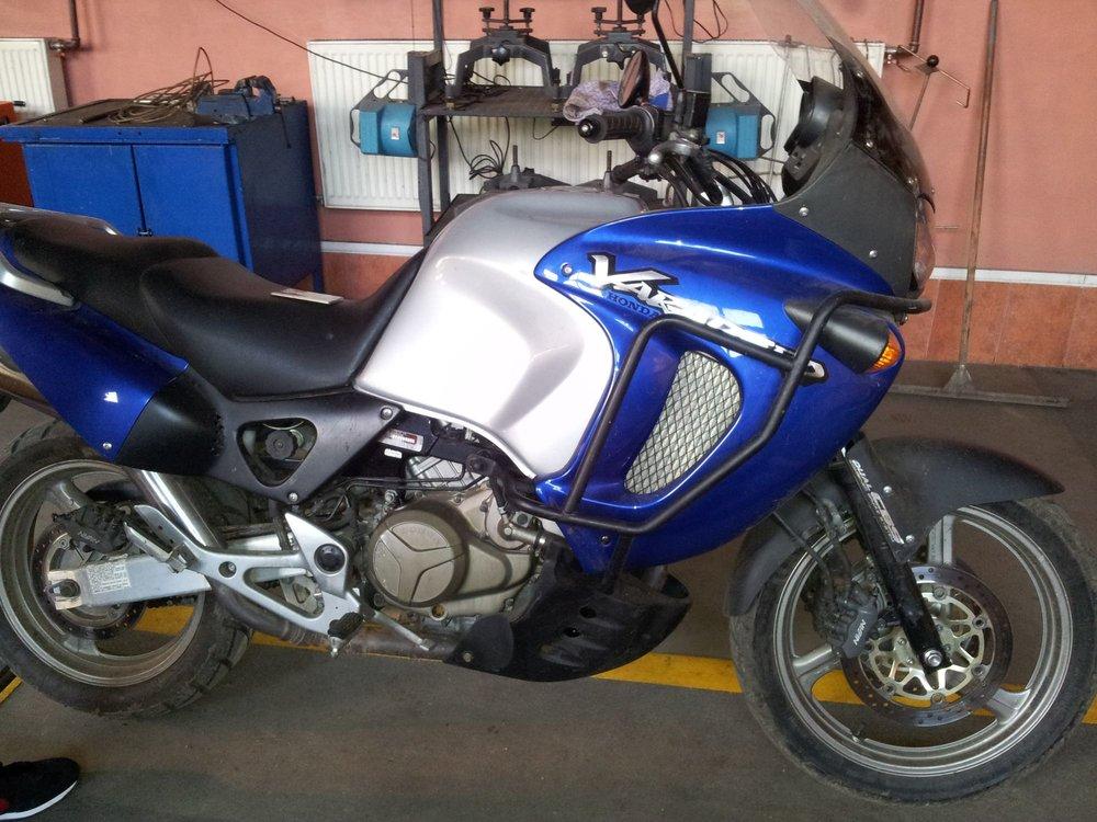 5ae1a6082b0e5_HondaVaradero.thumb.jpg.c3d26d941e6a0689200972287eea8b2e.jpg